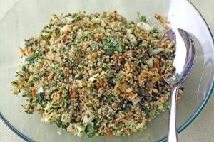 kale quinoa salad top view